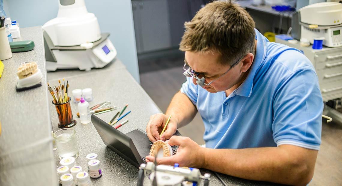 Изготовление ортопедических конструкций всех видов, востребованных в современной стоматологии