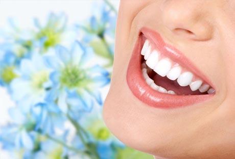 Снижение цен на профессиональную гигиену и отбеливание  зубов